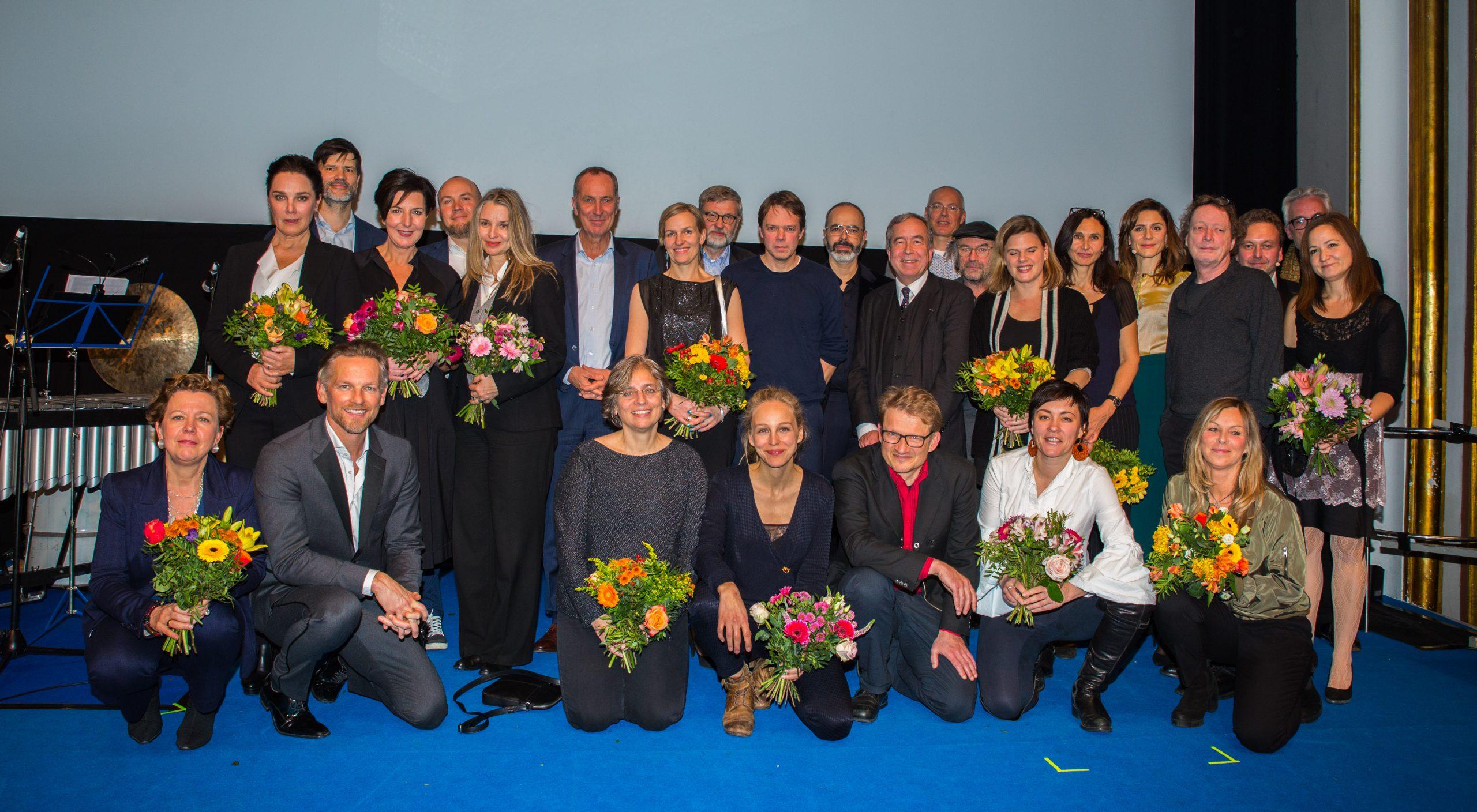 Gruppenbild aller Preisträger der DAfF-Auszeichnungen 2018
